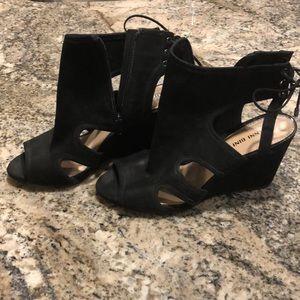 New Gianni Bini Sexy Black shoes.  Very stylish